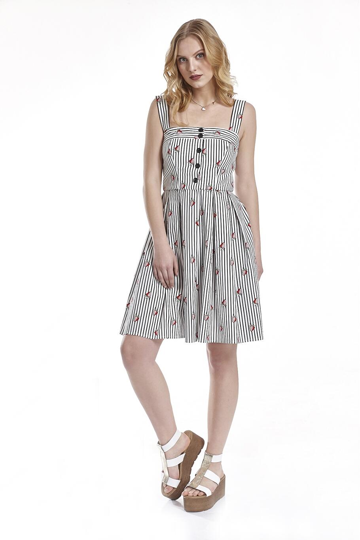 Φόρεμα με κουφόπιετες εμπρός-πίσω στη φούστα  9cd4db5841f
