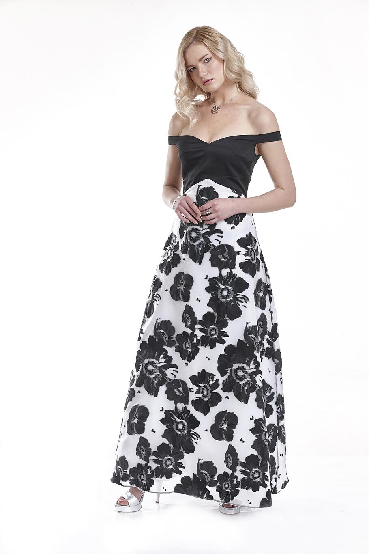 6b17126fbf61 Φόρεμα μακρύ ασπρόμαυρη οργάντζα