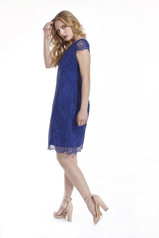 284c9f5f9c80 Φόρεμα δαντέλα με ανοιχτή πλάτη