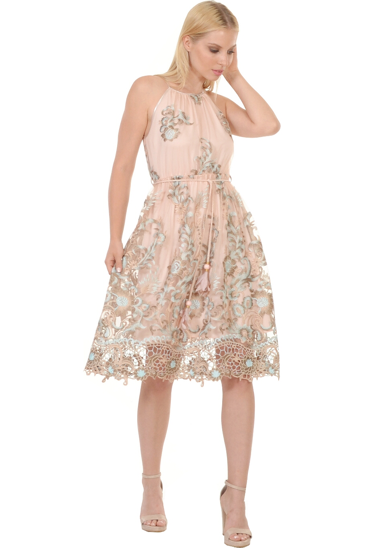 d881b3d1bb3e Φόρεμα κοντό με παρτούς ώμους και ζωνάκι στη μέση